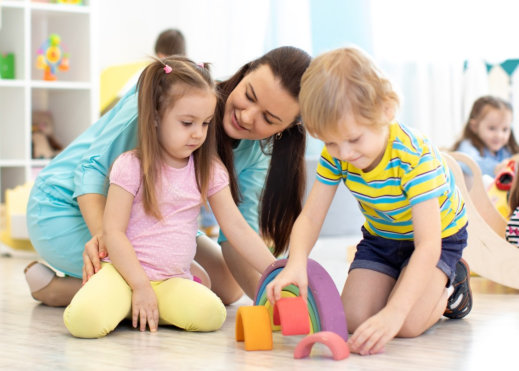tips-for-teaching-young-kids-to-share